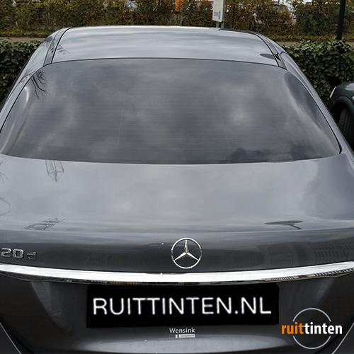 Achterruit Mercedes geblindeerd