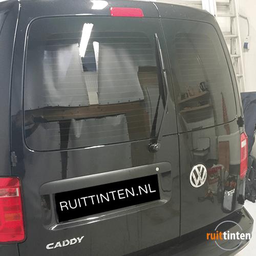 Volkswagen caddy achterraam geblindeerd
